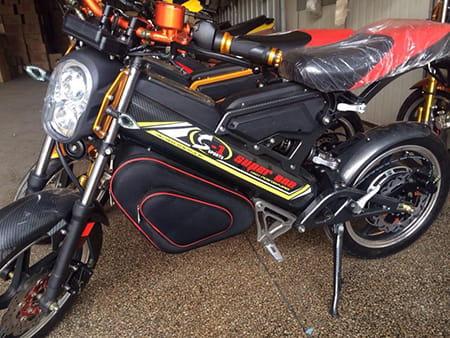 Электромотоцикл Electrowin EBM-126, складной, черный. Фото 3
