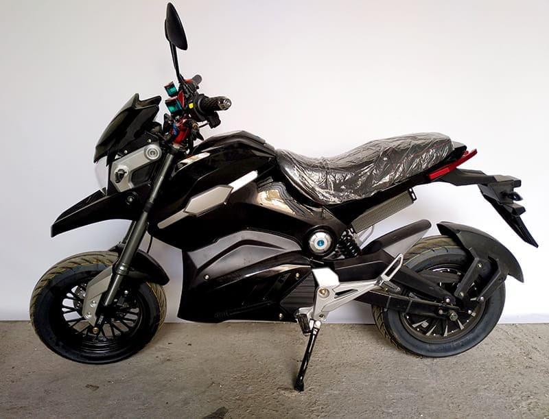 Электромотоцикл Electrowin EM-126 черный, вид слева