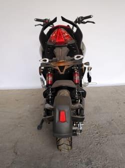 Электрический скутер Electrowin EM-2250, черно-красный, вид сзади
