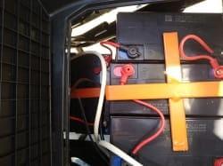 Электроскутер Electrowin EM-2160, черный, аккумуляторы