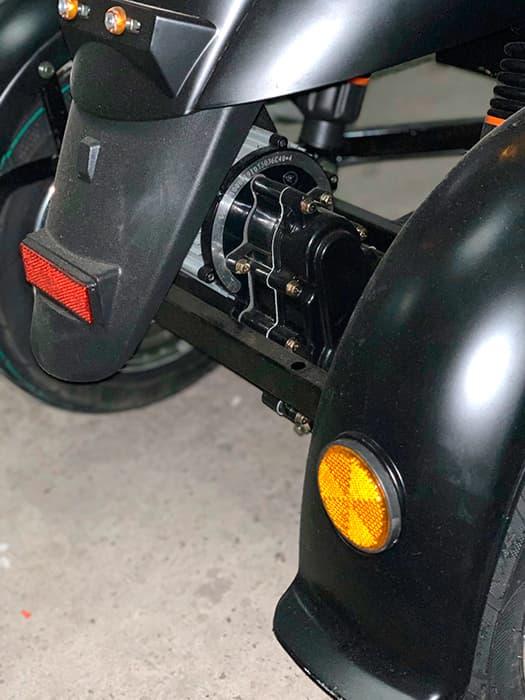 Трехколесный электроскутер Electrowin ES-134