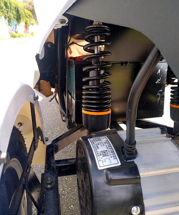 Амортизатор трехколесного электроскутера Electrowin EM-2100
